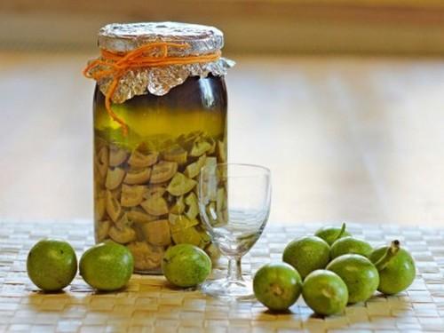 как избавиться от паразитов с помощью настойки грецкого ореха